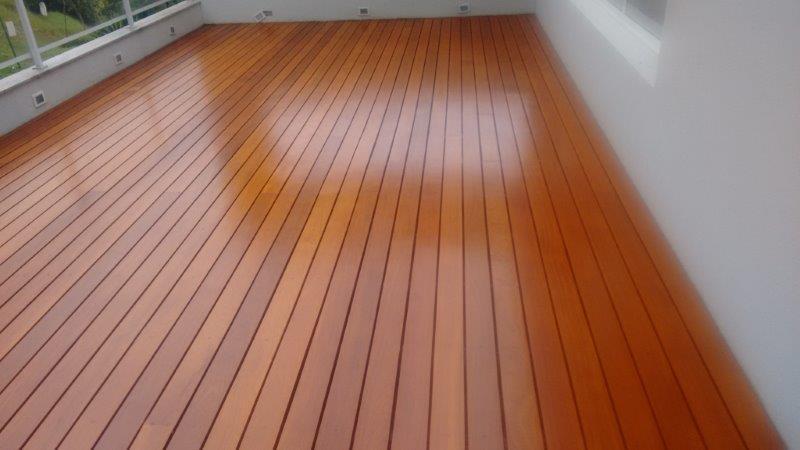 Restauração de deck