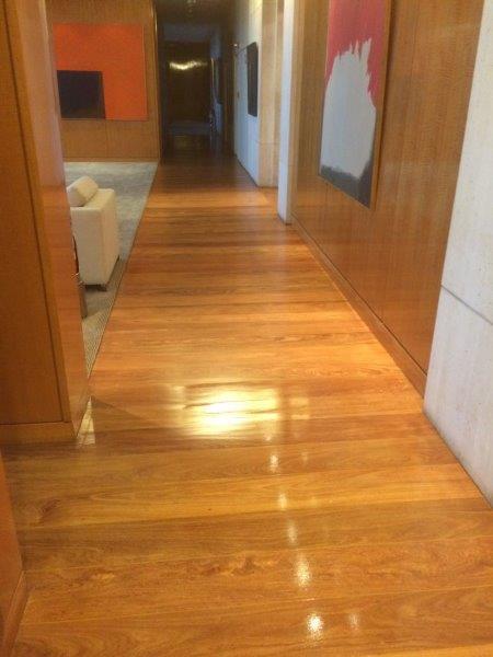 Restauração de piso de madeira